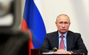"""""""Норникель"""" обязан продолжать работу до полного устранения ущерба от разлива нефтепродуктов, подчеркнул президент."""