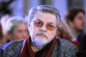 """Ширвиндт считает, что в трагедии Ефремова виноваты его друзья и коллеги, которые не сделали ничего глобального, чтобы помочь артисту справиться с """"недугом""""."""