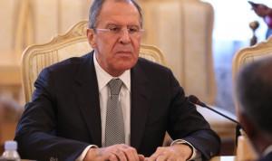 """Отвечая на просьбу прокомментировать тот факт, что """"все за границу ездят через Белоруссию"""", министр указал, что """"мы не можем запретить людям пользоваться этой возможностью""""."""