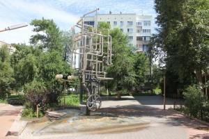 На пересечении улиц Полевой и Галактионовской в Самаре заработал фонтан