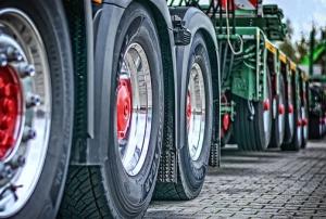 Грузовому транспорту могут запретить проезд по Жигулевской ГЭС