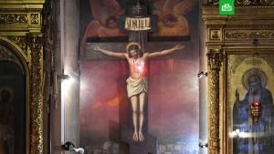 """В ответ на появление на алтаре Сент-Олбанского собора в Англии вариации на тему знаменитой фрески Леонардо да Винчи """"Тайная вечеря"""" — с чернокожим Христом в центре."""