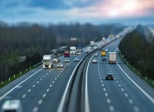 При проектировании дорог необходимо учитывать ее предел. Скорость в 150 км/час как раз является пределом проектирования для трасс первой категории.