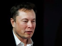 По словам внука конструктора Андрея Королева, Маск также пригласил его семью посмотреть заводы SpaceX и посетить один из следующих запусков.