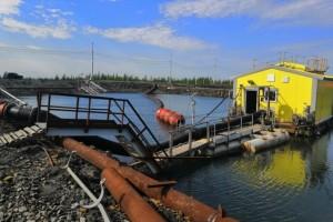 Произошла разгерметизация трубопровода и разлив авиационного топлива объемом более 44 тонн.