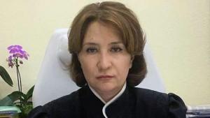 В 2017 году она, по данным Высшей квалификационной коллегии судей, не рассмотрела ни одного дела.