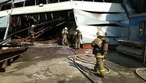 Открытое горение на складе на ул. Профильной в Самаре ликвидировали