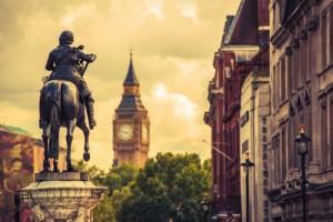 Со стороны Великобритании прозвучали обвинения сразу по двум темам - связанной с парламентскими выборами 2019 года и с данными о вакцинах против COVID-19.