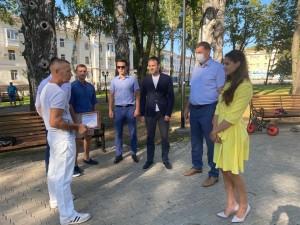 Евгений Серпер обсудил со спортсменами и тренерами развитие спорта в Жигулевске