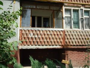 В Новокуйбышевске квартиру на первом этаже обокрали через балкон