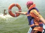 Несчастные случаи происходят не только по причине нарушения правил поведения на воде, но и из-за купания в необорудованных водоемах, а также из-за аварий плавательных средств.