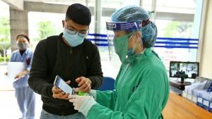 Согласно исследованиям местных медиков, новый штамм вируса является более агрессивным, чем ранее известные здесь типы, и чаще вызывает у больных переход к тяжелому состоянию.