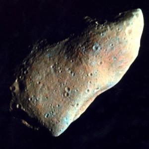 К Земле приближается астероид размером больше футбольного поля