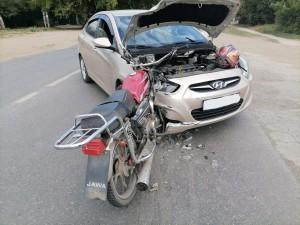 В Самаре иномарка сбила мотоциклиста
