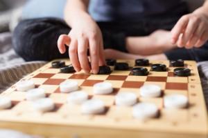 К участию в соревнованиях допускаются спортсмены-шашисты, жители Самарской области, прошедшие регистрацию.