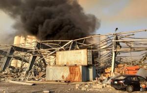 Взрыв сотряс жилые кварталы ливанской столицы. По предварительным данным, пострадали десятки человек.
