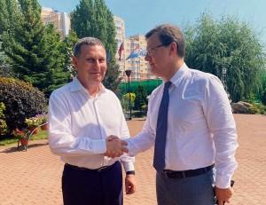 Глава региона поблагодарил руководство крупнейшего завода Сызрани за поддержку значимых проектов, в том числе, восстановление ДК.
