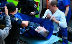 Ефремова госпитализировали из здания суда. У него случился инсульт.
