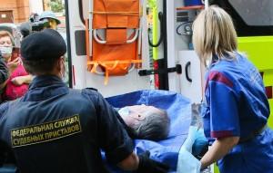 Адвокат сообщил, что врачи оценивают состояние актера как средней тяжести.