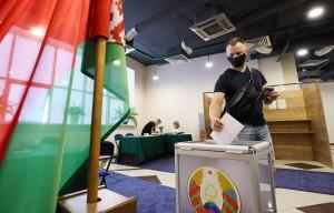 За Александра Лукашенко отдали голоса 64,49% избирателей. За Светлану Тихановскую - 14,92%.