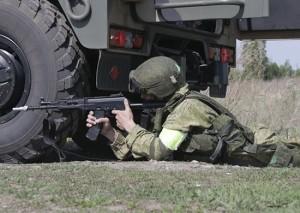 Учение прошло на полигоне Новая Бинарадка. В нем приняли участие более 500 военнослужащих, было задействовано свыше 60 единиц военной и специальной техники.