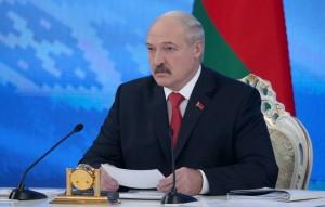 Он добавил, что страны Запада пытаются использовать Белоруссию против России.