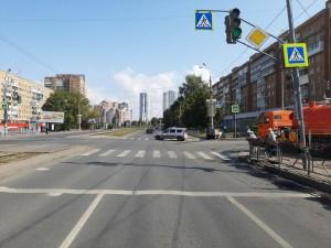 В центре Самары столкнулись две легковушки, пострадали оба водителя
