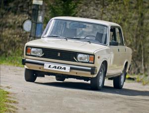 """""""Нива"""" и ВАЗ 2105 в списке самых проверенных временем машин в мире"""