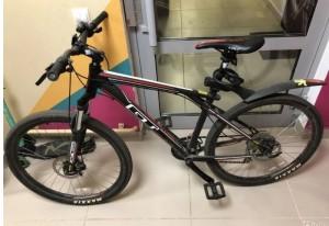 Безработный тольяттинец украл велосипед из подъезда