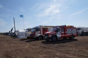 Подразделения Главного управления и Волжского спасательного центра демонстрируют боевую мощь МЧС России