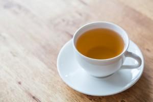 Медик подчеркнула, что неправильно делить разновидности этого напитка только на черный и зеленый. Существует множество видов чая, и у каждого из них есть свои особенности.