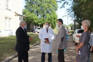 Благодаря нацпроекту в Хворостянском и Приволжском районе уже осенью появятся новые фельдшерско-акушерские пункты.