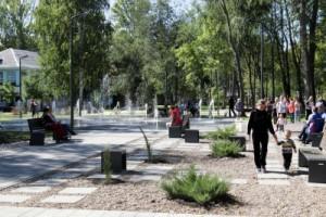 В Куйбышевском районе Самары завершена реконструкция сквера Речников