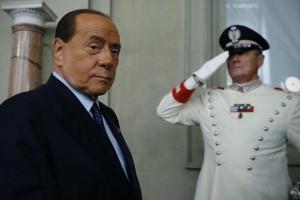 Ранее у 83-летнего экс-премьера Италии выявили признаки двусторонней пневмонии на ранней стадии.