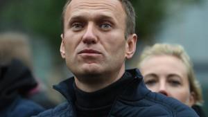 Доктор Леонид Рошаль отметил, что судьба Алексея Навального волнует многих.