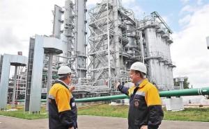 В топливно-энергетическом комплексе региона трудятся десятки тысяч специалистов, каждый из которых обладает уникальным опытом и компетенциями.