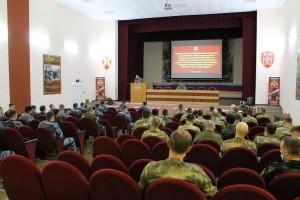В течение двух с половиной месяцев 75 сотрудников специальных подразделений из Приволжья и Уральского федерального округа изучали обширную программу, включающую в себя несколько циклов.