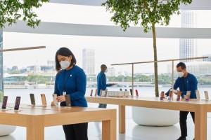 Apple разработала защитную маску для своих сотрудников, чтобы ограничить распространение COVID-19.