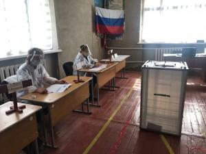 Общественный наблюдатель участка № 2904 Ленинского района Самары Анастасия Волкова сообщила, что никаких нарушений выявлено не было.