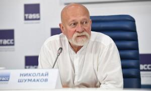 Президент Союза архитекторов России Николай Шумаков отметил, что мавзолей включен в список ЮНЕСКО, и перестраивать его нельзя.