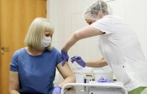 Как сообщил министр здравоохранения Михаил Мурашко, это прогнозируемые осложнения, которые нивелируются в течение суток.