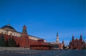 Нью-йоркский художник Дэвид Датуна выразил желание построить копию Мавзолея Ленина в Вашингтоне и выкупить тело вождя.