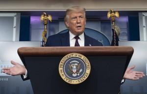 """Президент заявил, что глава Пентагона был против, и охарактеризовал экс-министра обороны Мэттиса как """"генерала, который плохо справлялся со своими обязанностями""""."""