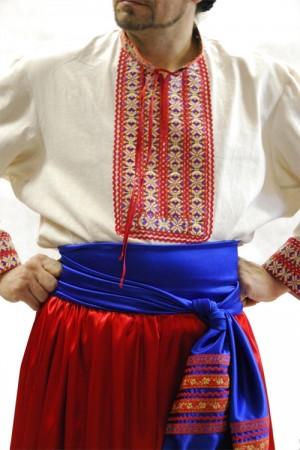 Ранее кабмин Украины принял решение закрыть пункт пропуска на границе с Белоруссией в связи с запретом въезда иностранных граждан из-за распространения коронавируса.