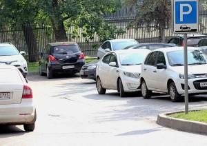 Россияне не поддержали инициативу о снижениивозраста выдачи водительских прав