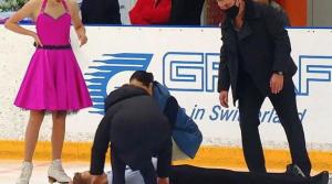 Дуэт Серова и Анастасии Федоровой снялся с соревнований.