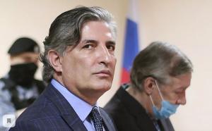 Пашаев отметил, что пообещал Ефремову не бросать его.