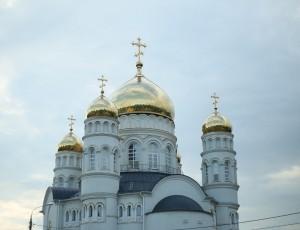 Православные христиане празднуют Рождество Пресвятой Богородицы