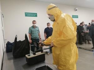 В Аэропорту Курумоч прошли масштабные учения по пресечению незаконного перемещения товаров с повышенным уровнем ионизирующих излучений