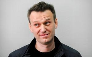Навальный утверждает, что его одежда является важным вещественным доказательством.